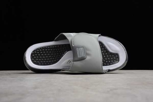 2018 Air Jordan Hydro 11 Retro Slide Medium Grey/White-Gunsmoke